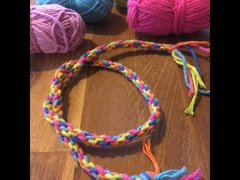 Regenboog armbandjes weven